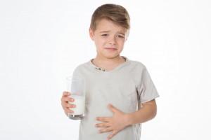 bedorven melk of zure melk gedronken
