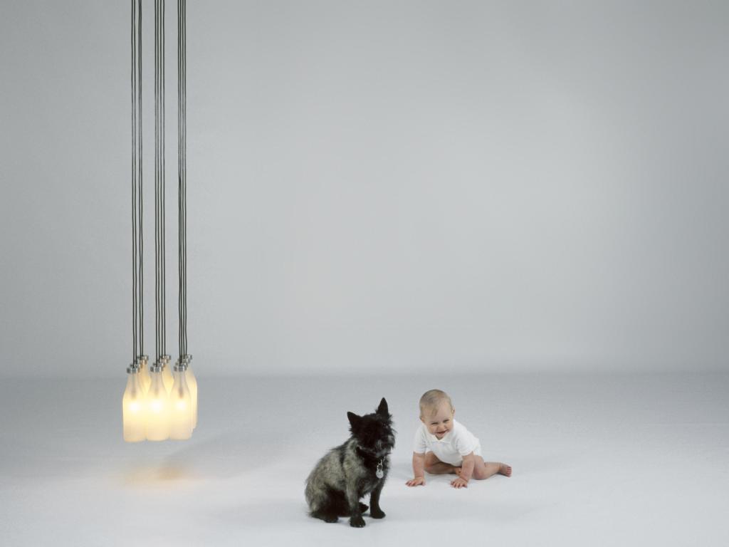 1 Milk Bottle lamp van Droog Design