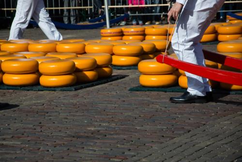 Naast kaasdragers nu ook kaasjongens in Alkmaar